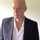 Voorzitter van wijkgebouw De Slinger Wim Markerink
